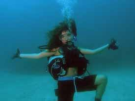 posing underwater in Key Largo