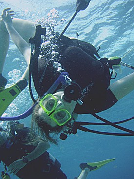 being weightless scuba diving is fun